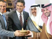 Ford Trcuks Riyad ve Dubai'de bayi açtı