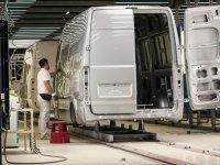 12.307 adet Hafif Ticari araç satıldı
