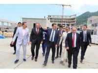 Cumhurbaşkanı Sarp sınır kapısını inceledi