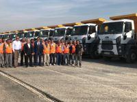 İstanbul-İzmir Otoyolu inşaatında Ford Trucks