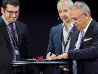 Volvo Trucks ilk Altın Kontratı Erman Lojistik ile imzaladı