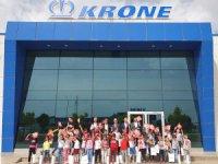 Krone 23 Nisanı Çocuklar ile kutladı