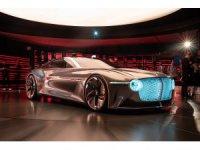 Bentley EXP 100 GT yüzünü gösterdi