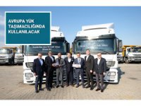 TruckStore, ARCLOG'a 15 adet Actros teslim etti