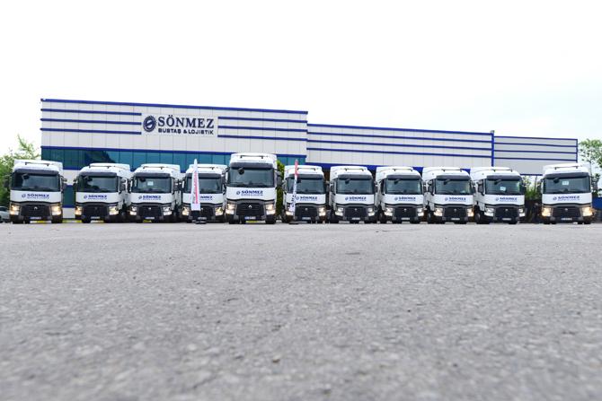 1461237918_renault_trucks_sonmez_bustas_teslimat_gorseli_5.jpg