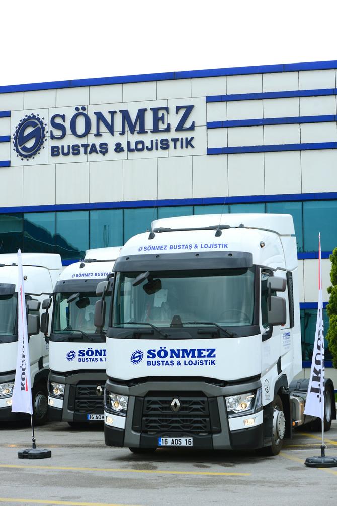 1461237918_renault_trucks_sonmez_bustas_teslimat_gorseli_6.jpg