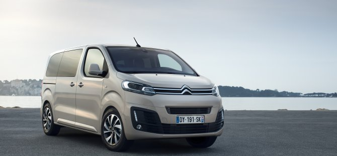 1499350286_citroen_spacetourer_gri_3_.jpg
