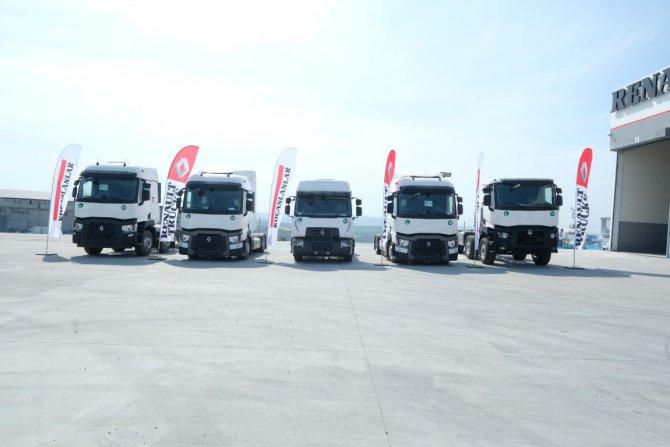 1525081300_renault_trucks_had__mko__y_ac____l__s___go__rsel_2.jpg