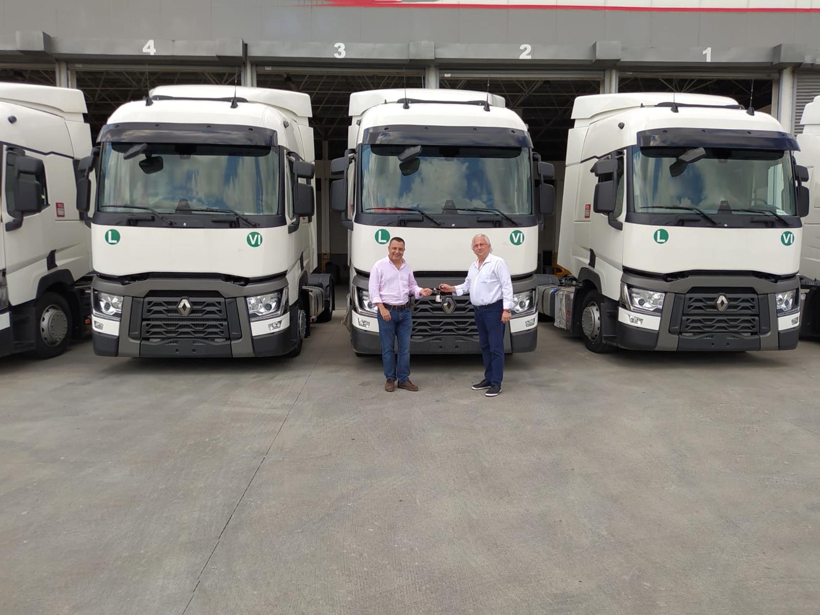 1595329667_renault_trucks_kare_karayolu_teslimat_gorsel_3.jpg