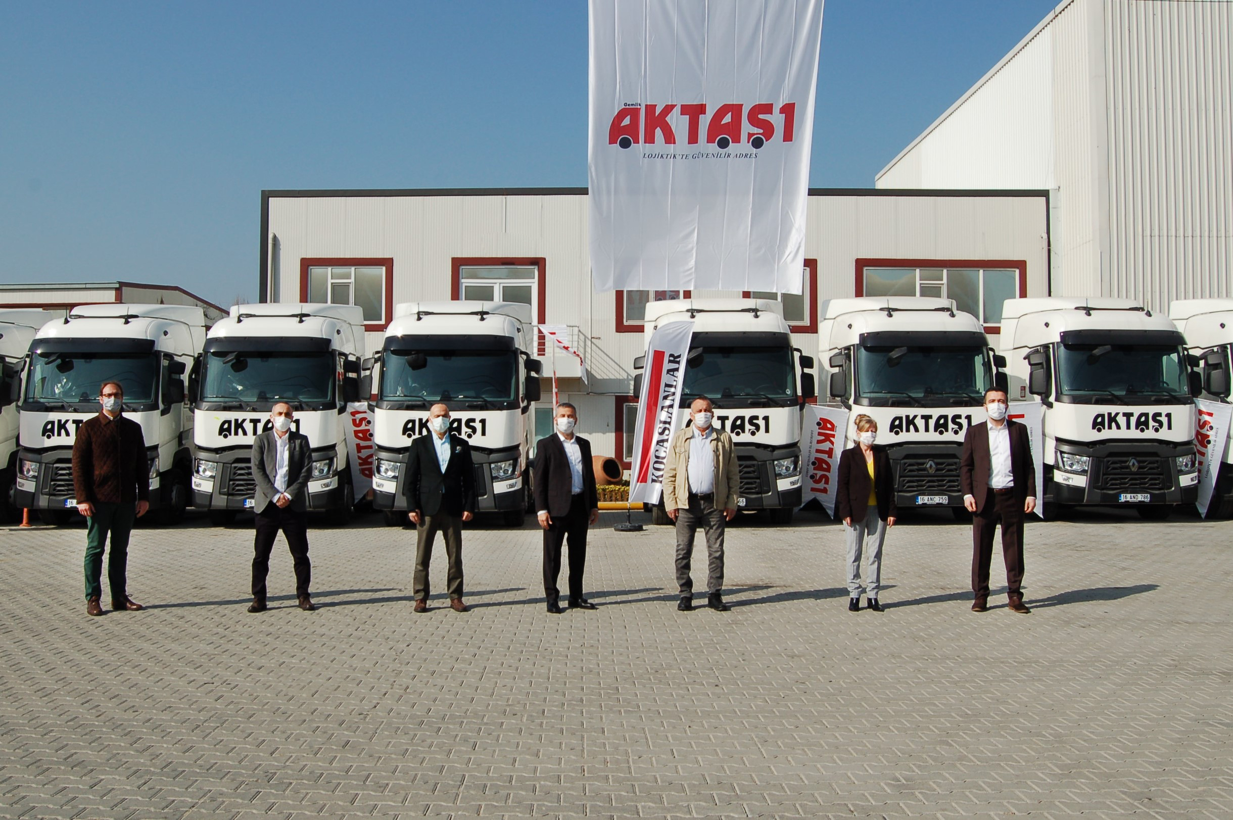 1614849005_renault_trucks_gemlik_aktas__1_teslimat_go__rsel_3.jpg