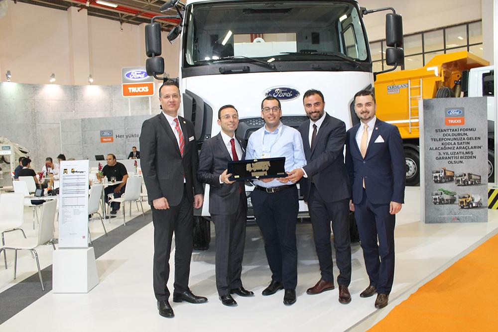 akcansa_ford_trucks.jpg