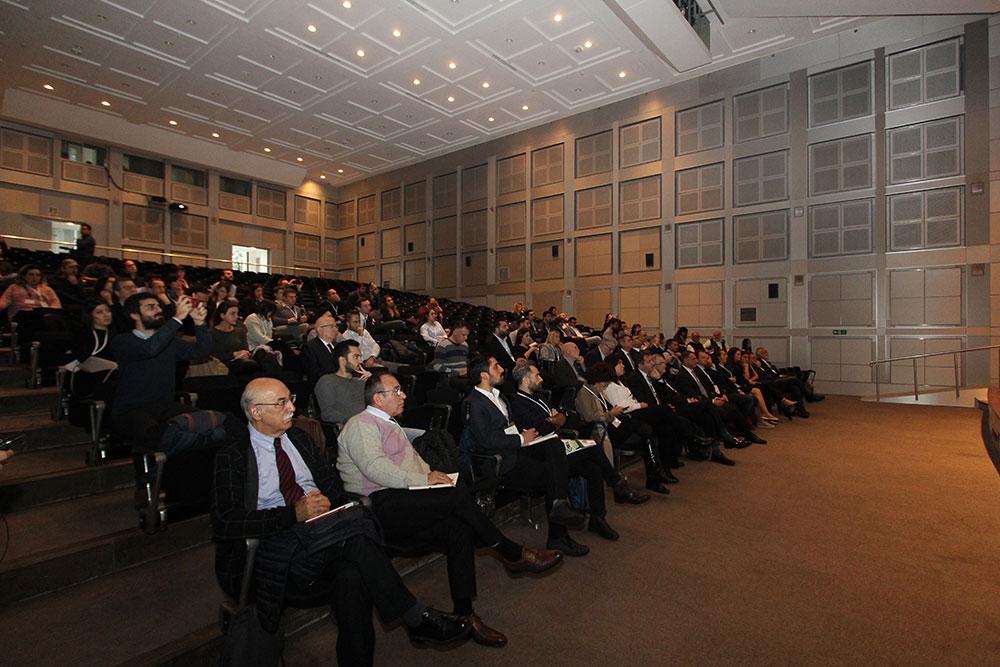 borusan-lojistik-istanbul-teknik-universitesi-elektrikli-arac-platformu-turkiye-calistayi.jpg