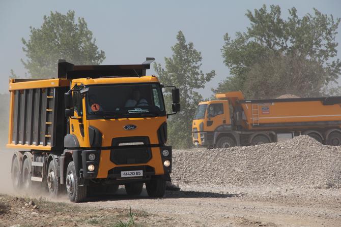 ford-trucks-2016-euro-6,-(11).jpg