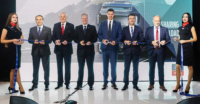 ford-trucks-avrupa-bayi-acilis.jpg