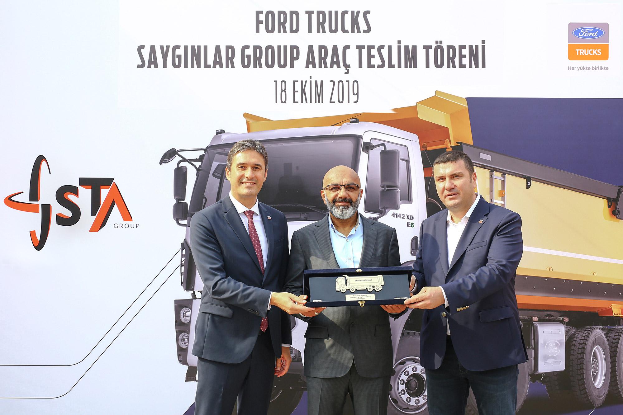 ford-trucks-sayginlar-insaat-arac-teslim-toreni.jpg