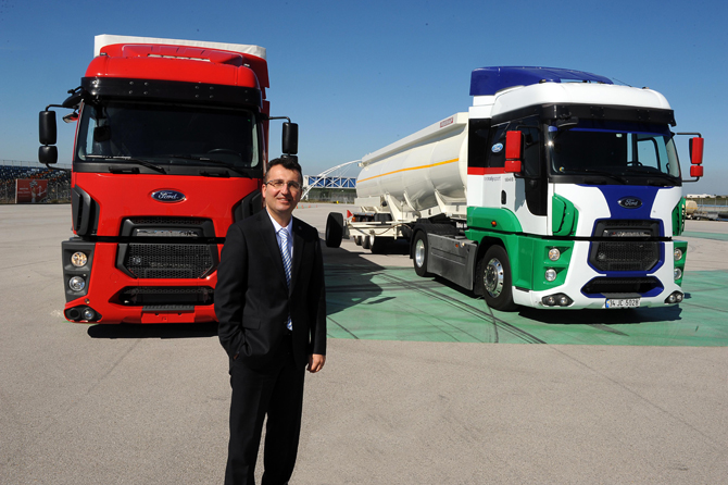 ford-trucks-turkiye-direktoru-serhan-turfan.jpg