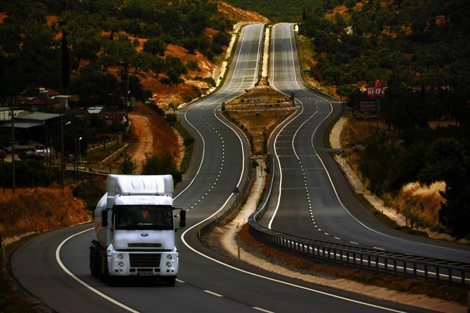ford-trucks2.jpg