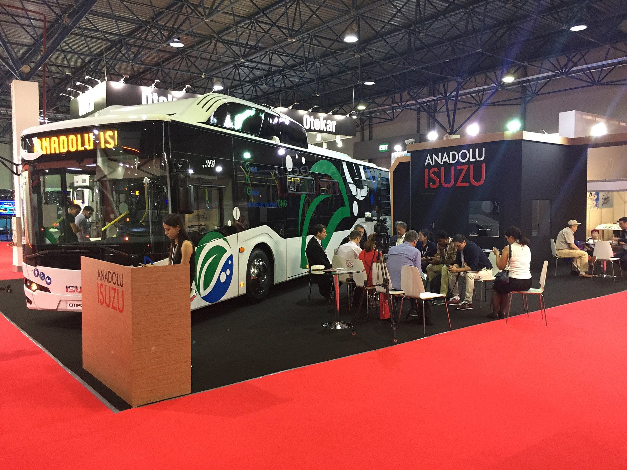 isuzu-busworld-central-asia.jpg