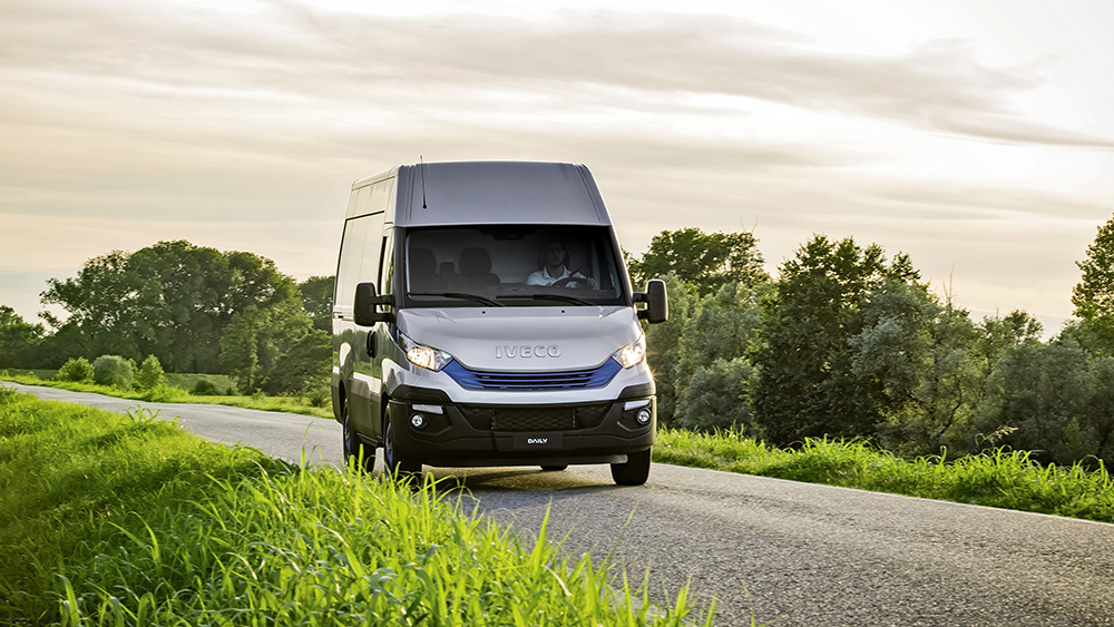 iveco-daily-himatic-blue-power-001.jpg