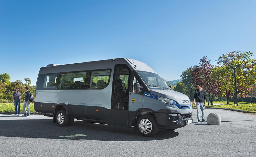 iveco-minibus.jpg