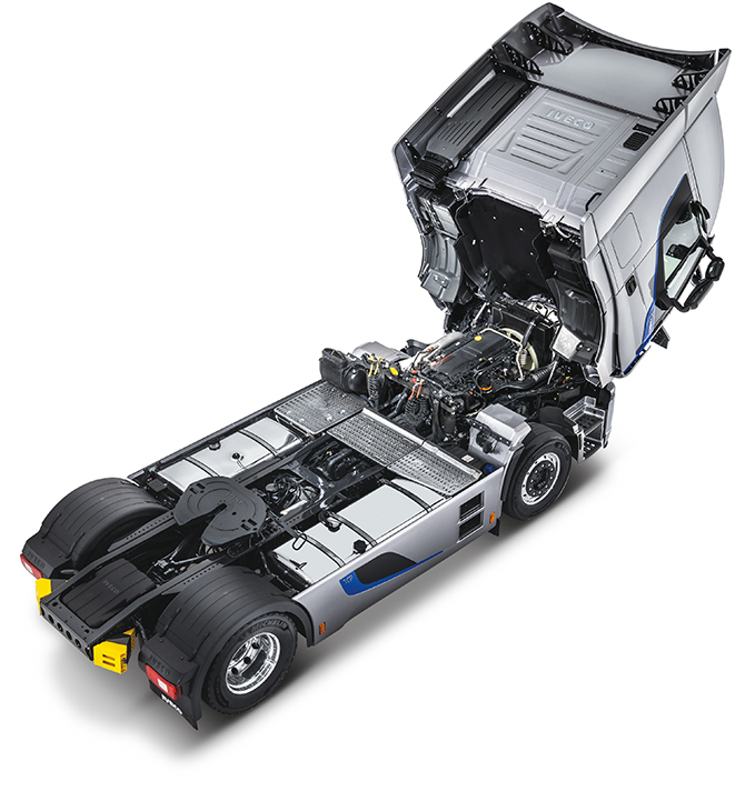 iveco-stralis-xp-2017-model-(6).jpg