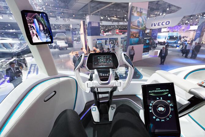 iveco-z-truck-iaa-2016-(7).jpg