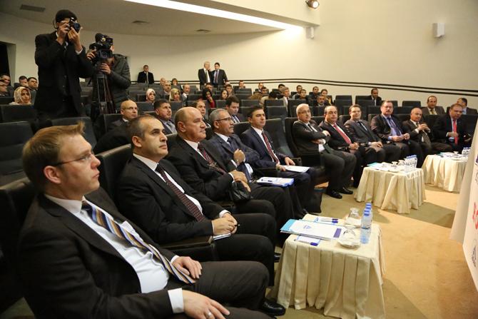 kahramanmaras-lojistik-konferansi-(2).jpg