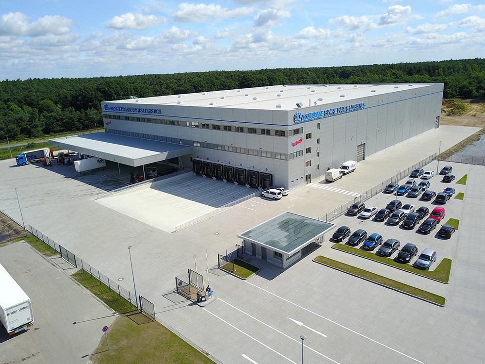 krone-treyler-fabrika-001.jpg