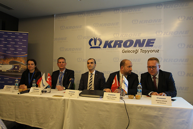 krone-treyler-izmir-tire-fabrikasi1.jpg