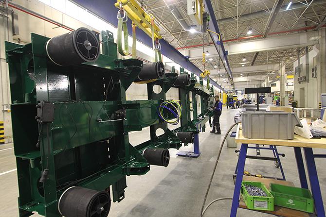 krone-treyler-izmir-tire-fabrikasi6.jpg