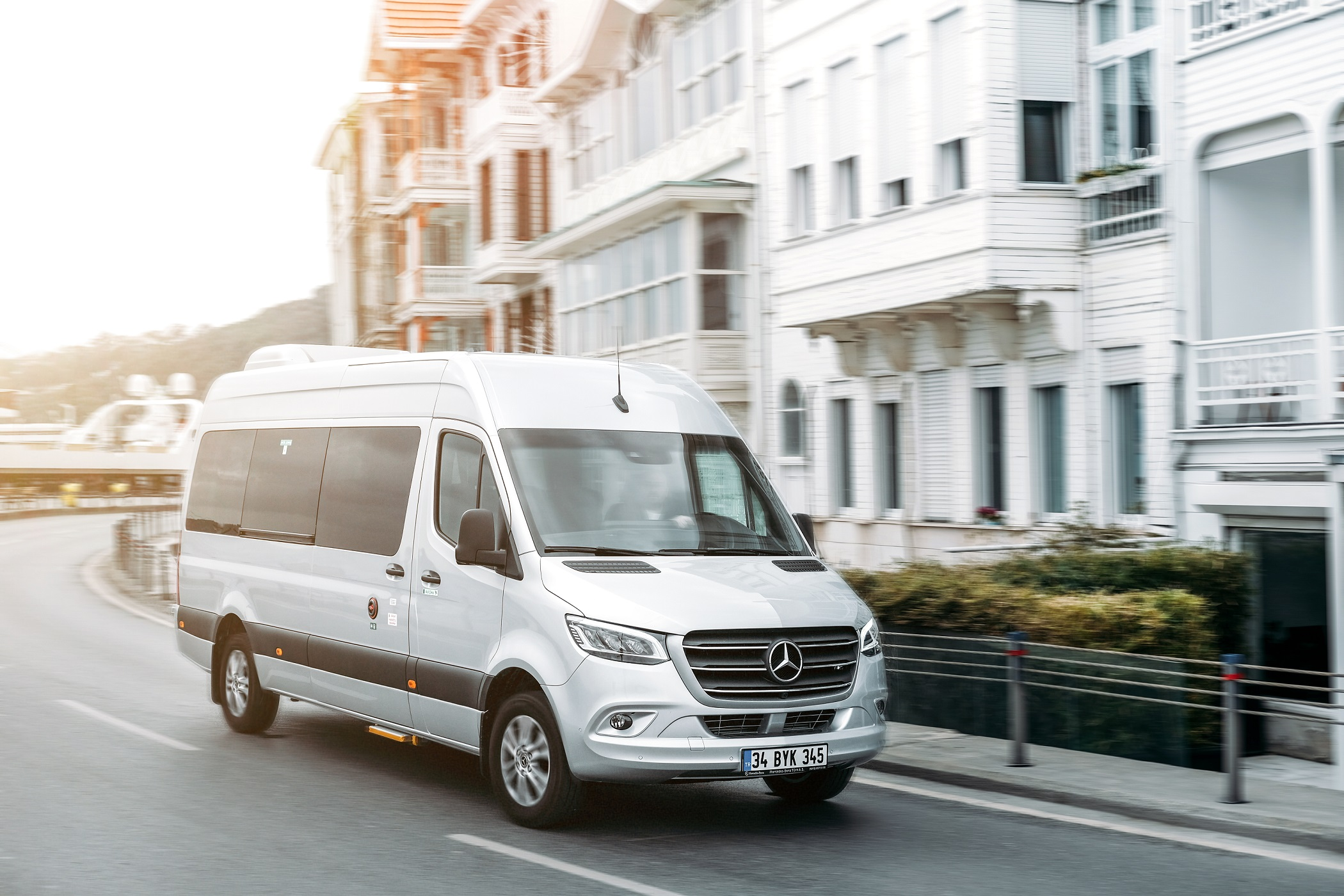 mercedes-benz-sprinter-001.jpg
