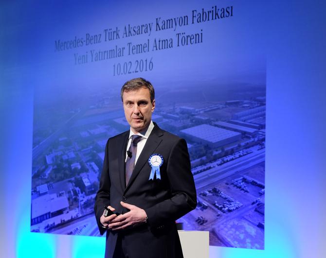 mercedes-benz-turk-kamyon-fabrikasi-direktoru-prof.-dr.-frank-lehmann.jpg