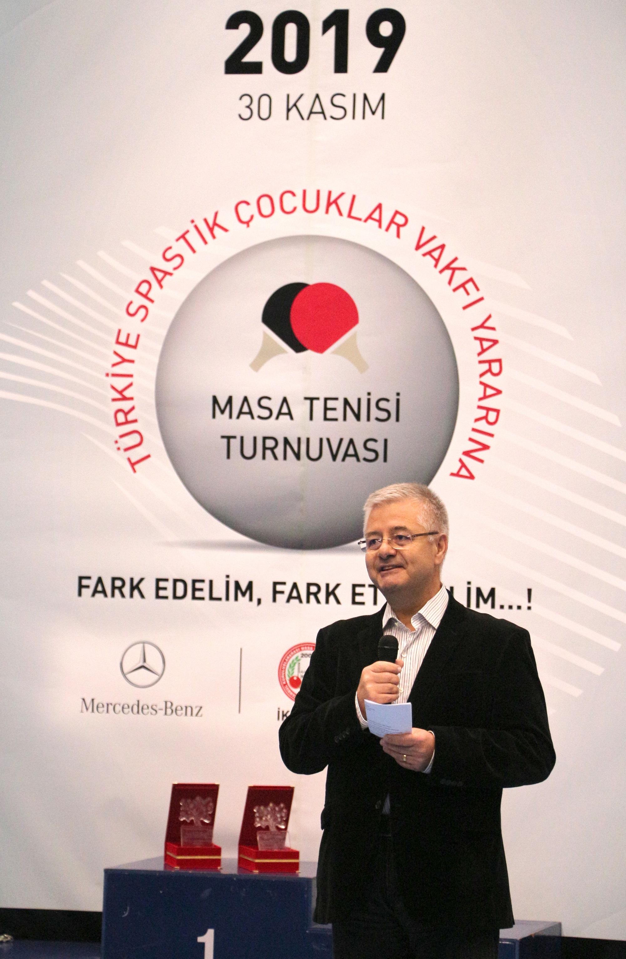 mercedes-benz-turk-otobus-tedarik-zinciri-yonetimi-direktoru-hilmi-dilmen.jpg