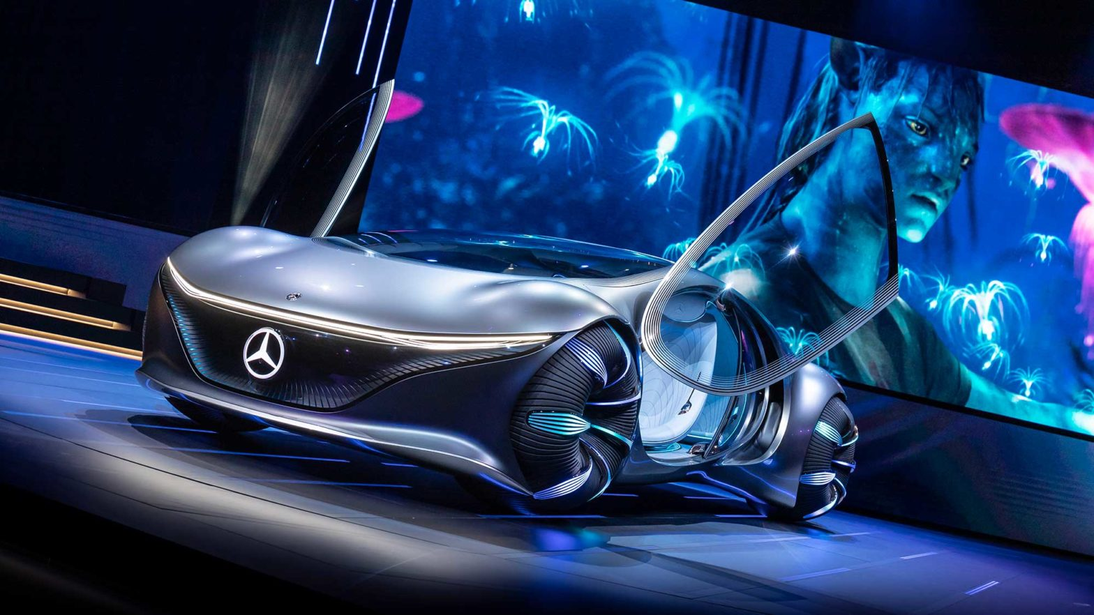 mercedes-benz-vision-avtr-concept-car-featured-image-1568x882.jpg