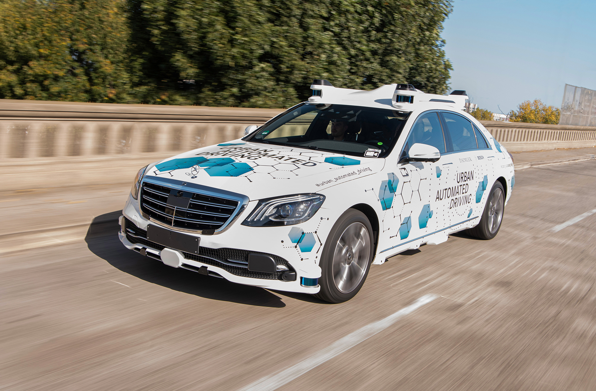 mercedes_benz_urban_automated_driving_.jpg
