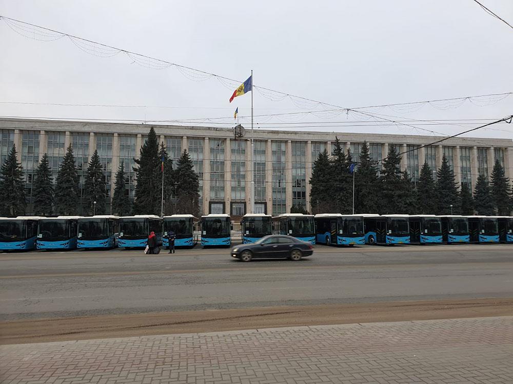 moldova-teslimat-anadolu-isuzu.jpg