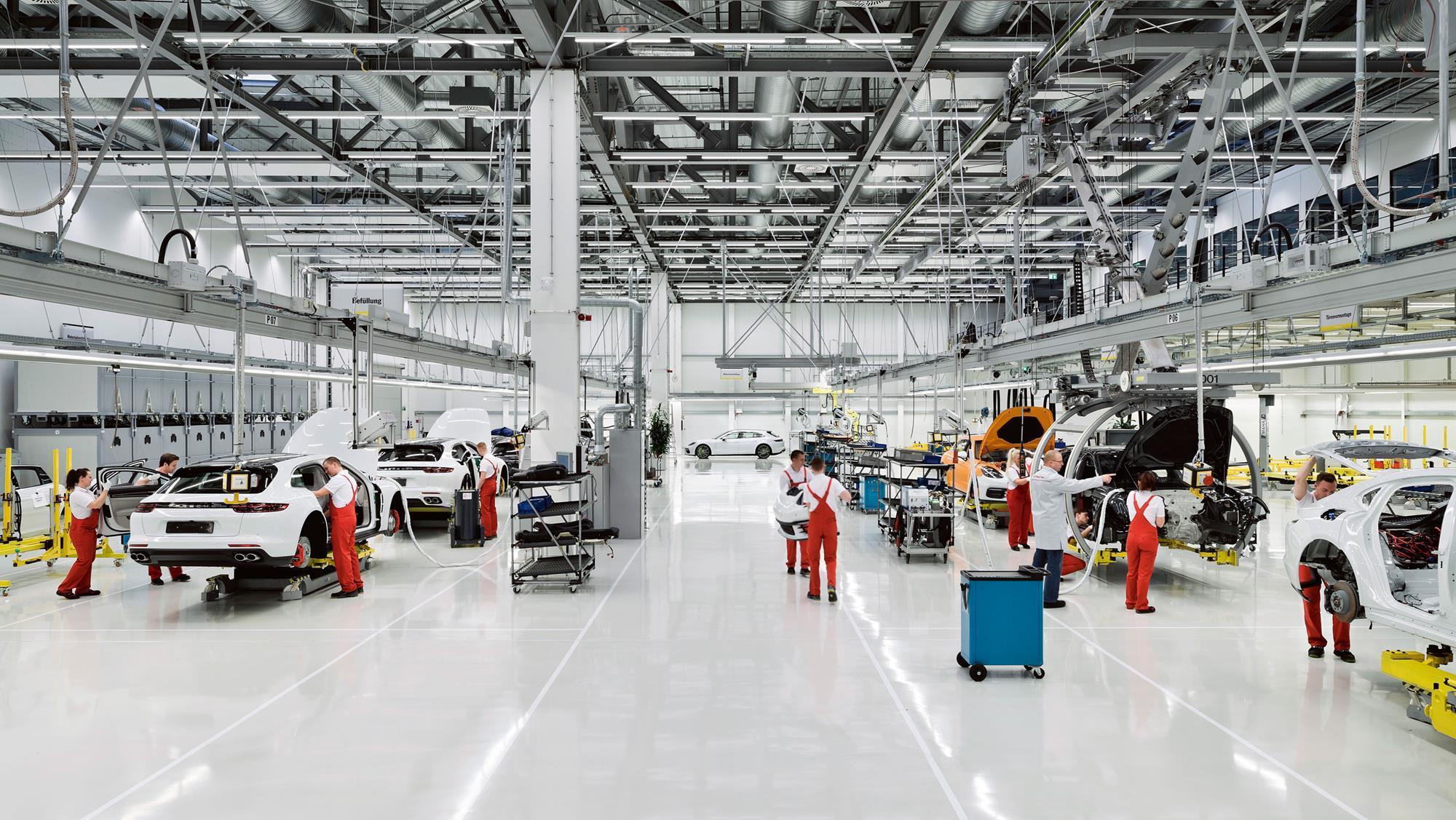 otomotiv-fabrika.jpg