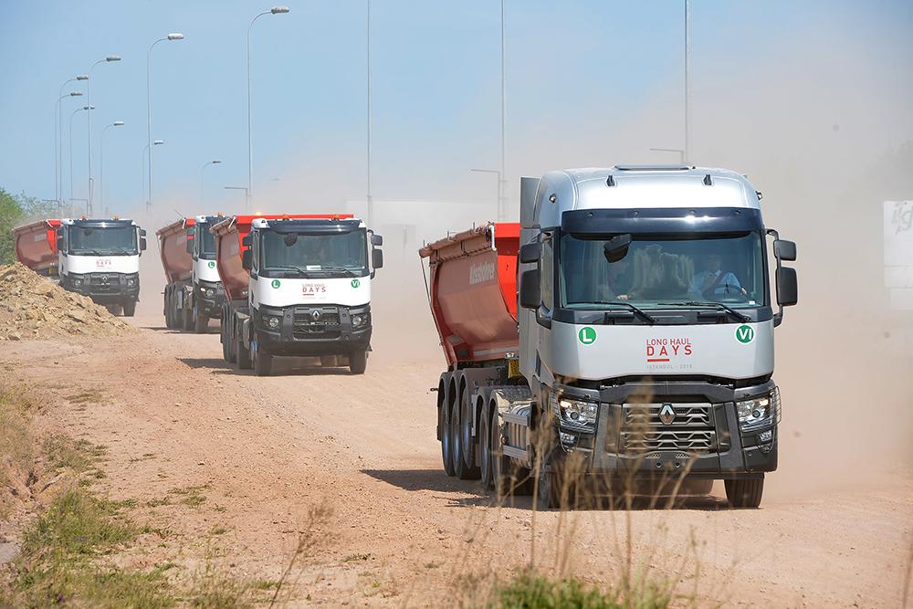 renaul-trucks.jpg