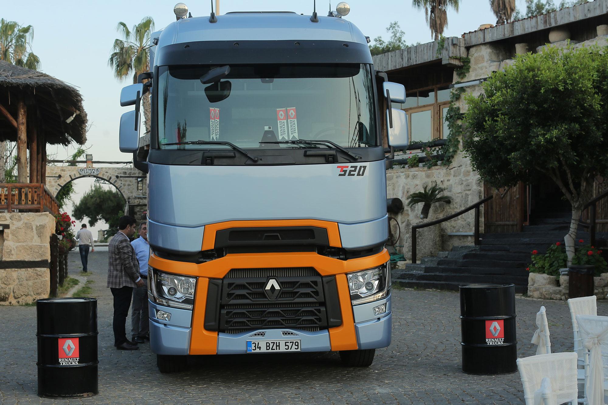 renault-trucks-t-serisi.jpg