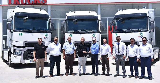 renault-trucks-teslimat-001.jpg