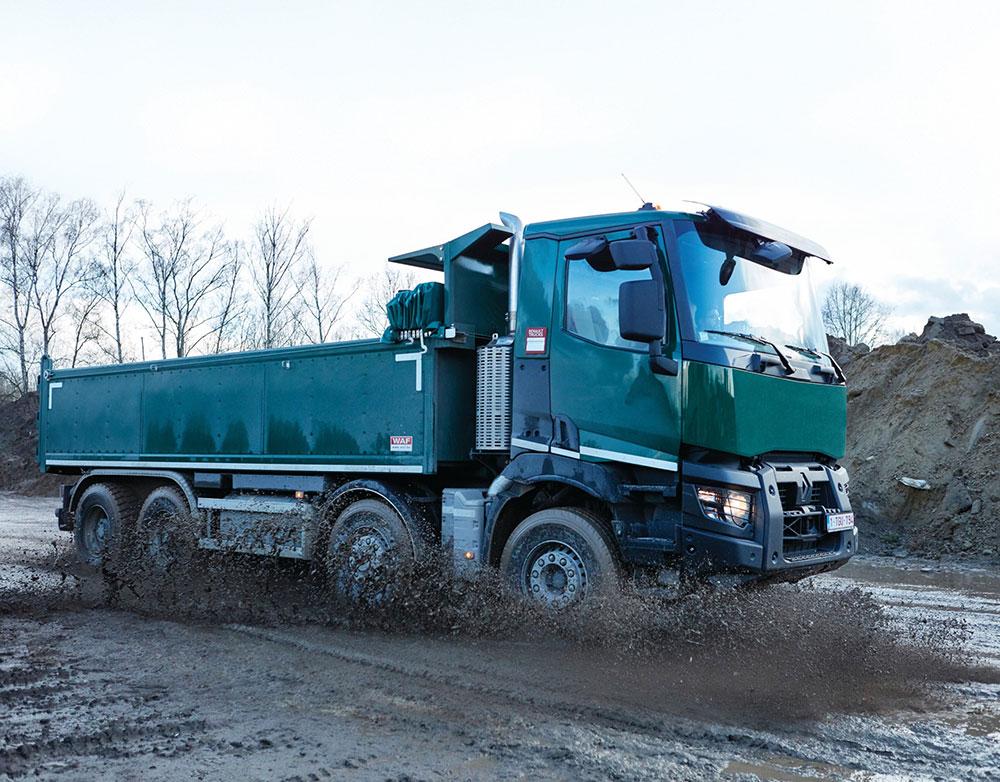 renault-trucks-yil-degerlendirmesi-001.jpg