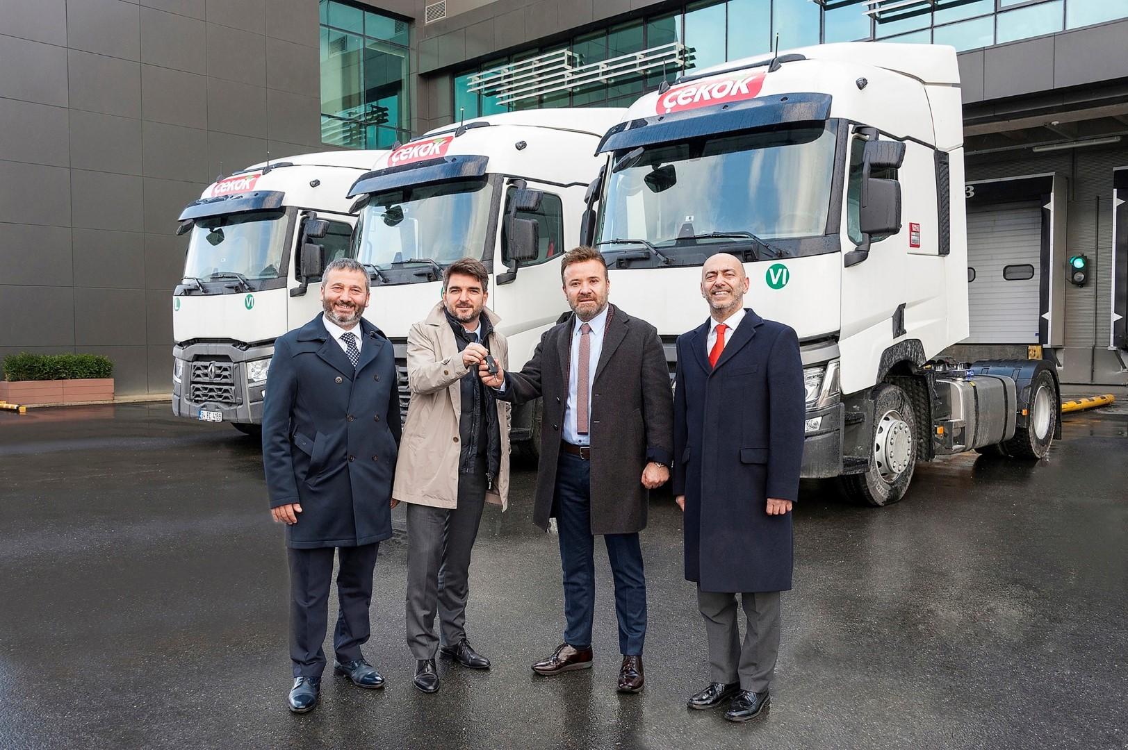 renault-trucks_teslimat_cekok-gida_gorsel-1-(large).jpeg