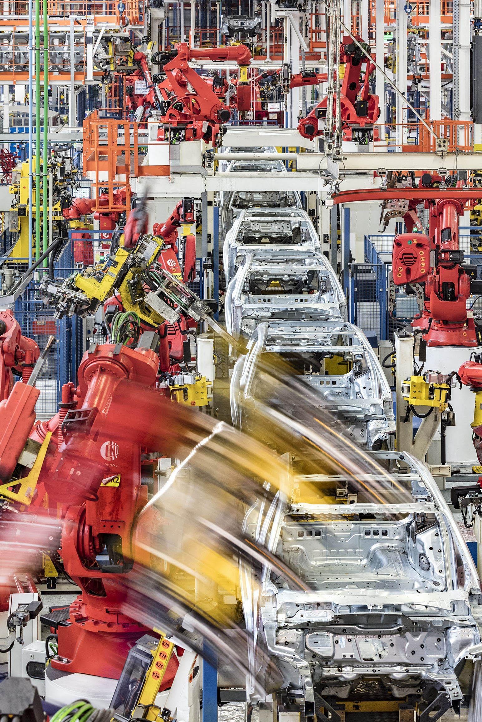 tofas-fabrika-004.jpg