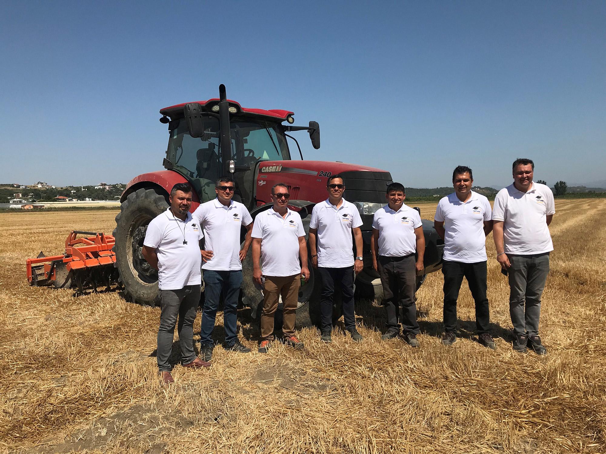 turk-traktor-akademi.jpg