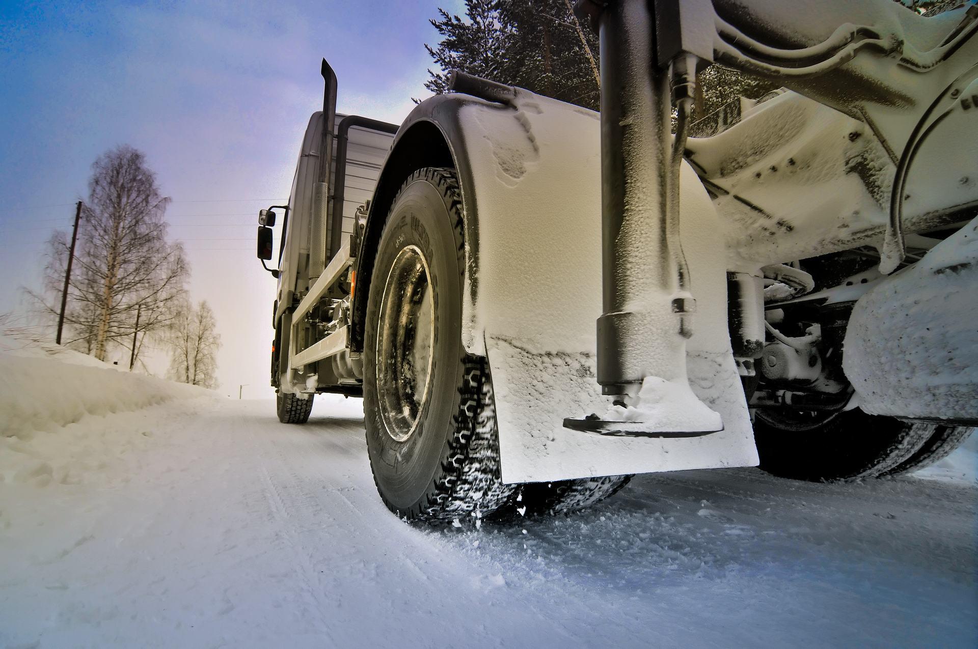 winter_truck_bus_dan_11__original_.jpg