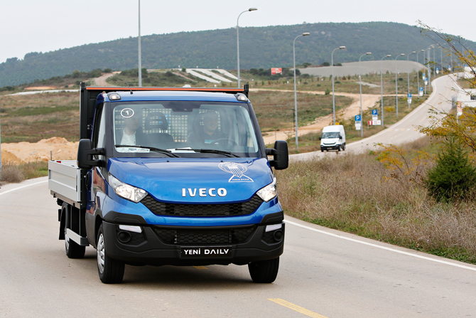 yeni-iveco-daily-(10).jpg