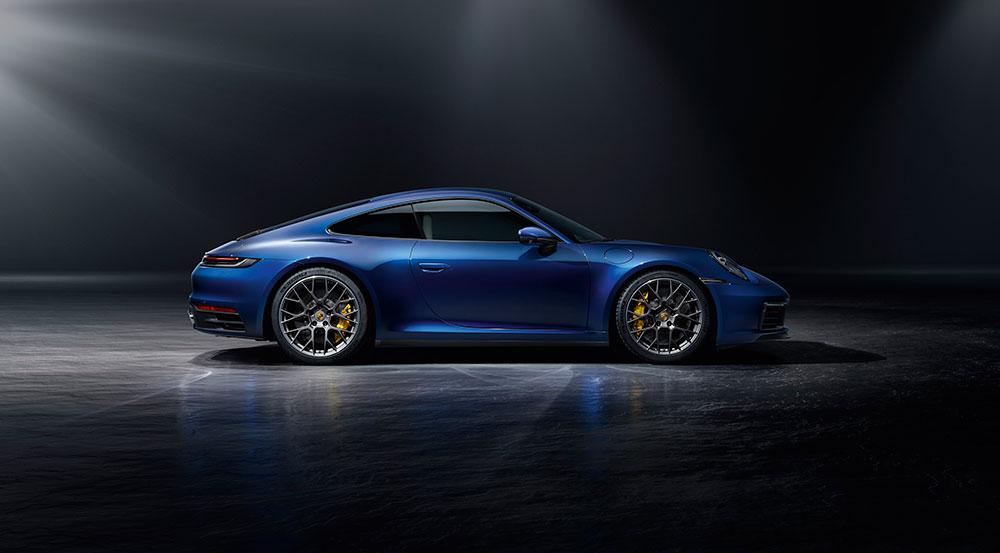 yeni-model-porsche-911-mavi.jpg